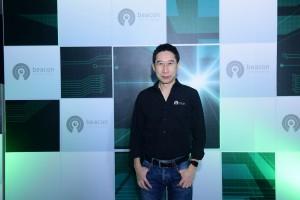 Thanapong Beacon VC_photo